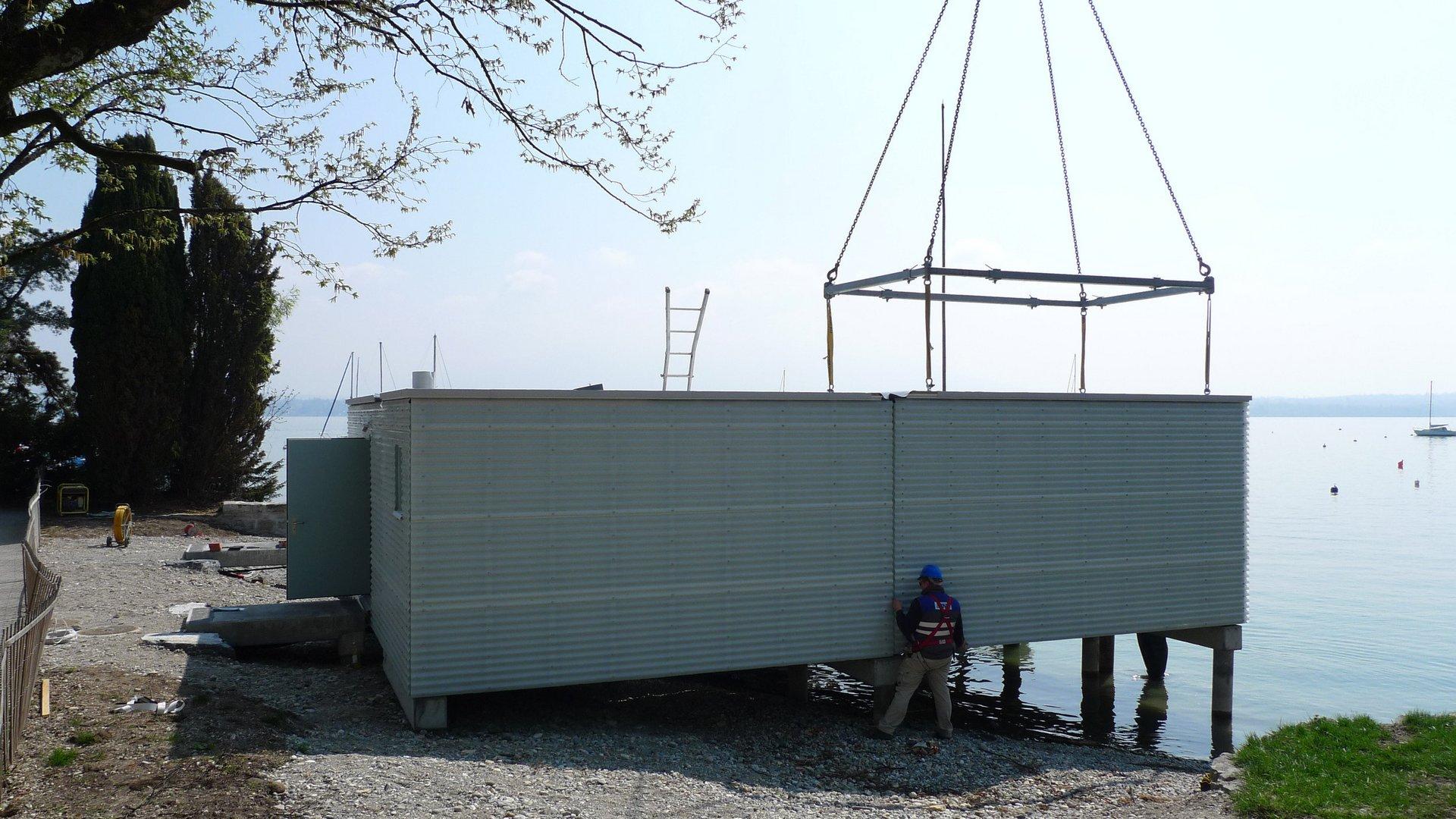 Zusammensetzung verschiedener Module einer Fischerhütte