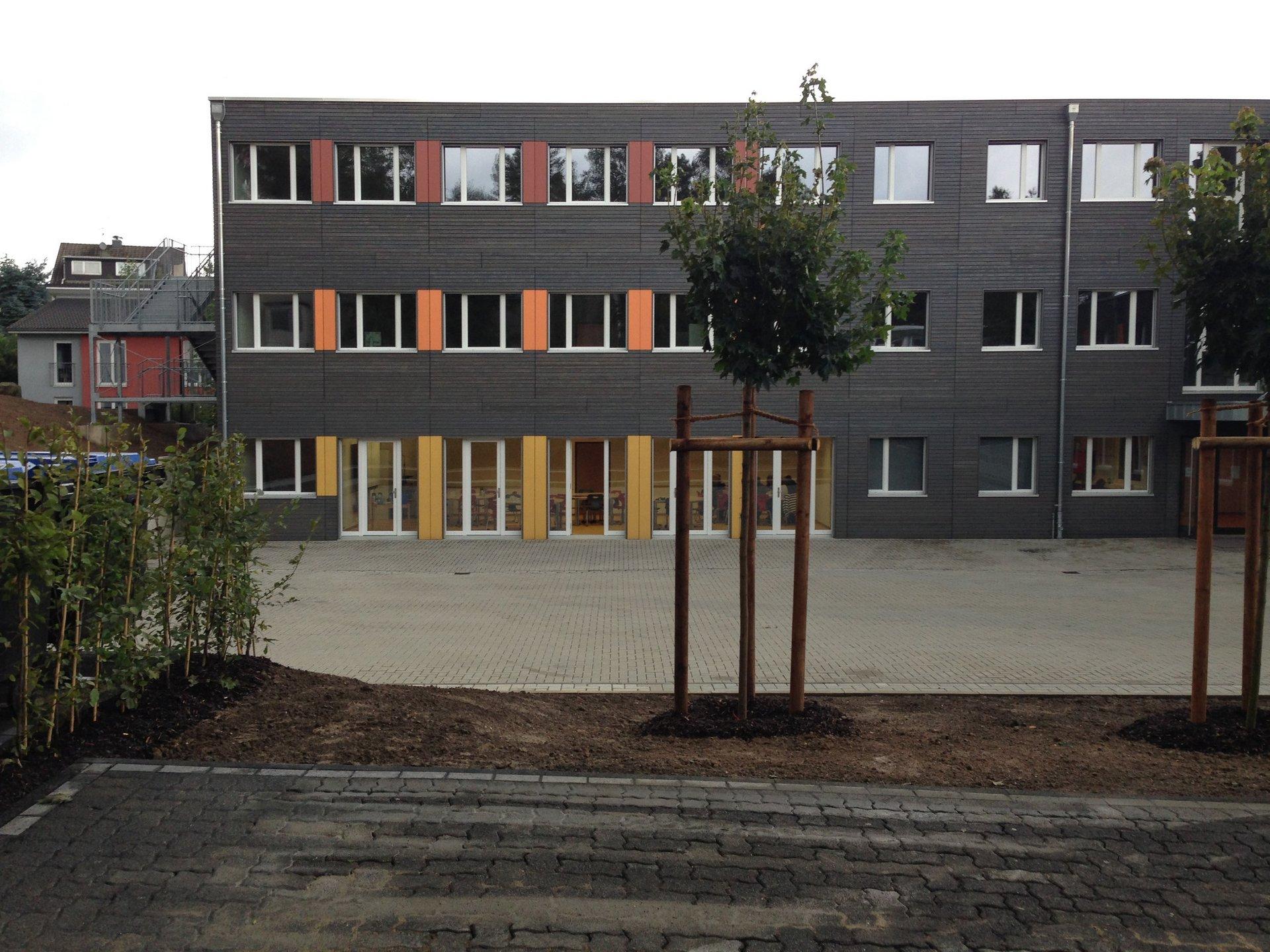 3-geschossiges Schulgebäude in Holz-Modulbauweise